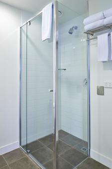 Pegasus Apart'Hotel - Melbourne - Bathroom