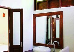 Huen Muang Pai Resort - Pai - Bathroom