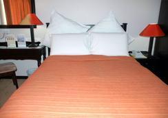 Adansonia Hotel - Francistown - Bedroom