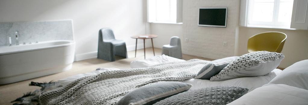 Tiszavirag Szeged Rooms & Restaurant - Szeged - Bedroom