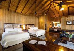 Las Lagunas Boutique Hotel - Flores - Bedroom