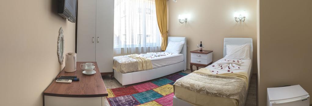 Özmen Pension - Antalya - Bedroom