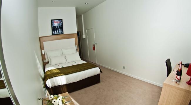 Music Hotel - Marseille - Bedroom