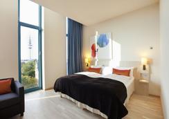 Scandic Hamburg Emporio - Hamburg - Bedroom
