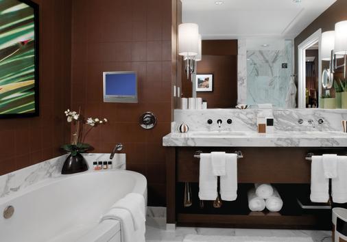 Red Rock Casino, Resort and Spa - Las Vegas - Bathroom