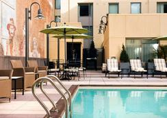 Residence Inn by Marriott San Diego Downtown Gaslamp Quarter - San Diego - Pool