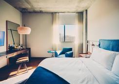South Congress Hotel - Austin - Bedroom