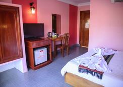 Grand Sihanouk Ville Hotel - Sihanoukville - Bedroom