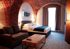 The Granary - La Suite Hotel - Wroclaw - Bedroom