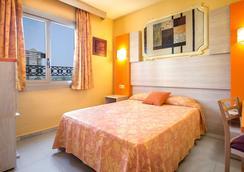 Hotel Servigroup Orange - Benidorm - Bedroom