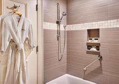 Harbourview Inn - Charleston - Bathroom