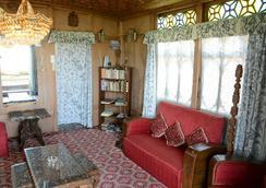 Houseboat Zaindari Palace - Srinagar (Jammu and Kashmir) - Lobby