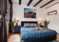 Crown Bed and Breakfast Amsterdam - Amsterdam - Bedroom