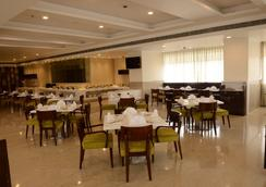 Regenta Central - A Hotel By Royal Orchid Group of Hotels - Jaipur - Restaurant