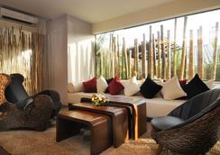 Bamboo House Phuket - Karon - Lobby