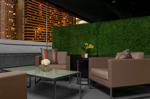 The Manhattan at Times Square Hotel - New York - Patio