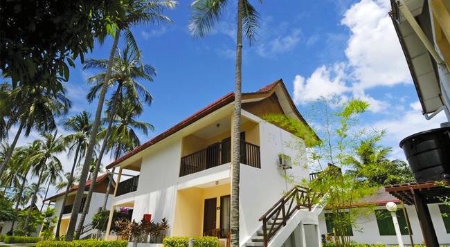 The Frangipani Langkawi Resort & Spa - Pantai Cenang - Building