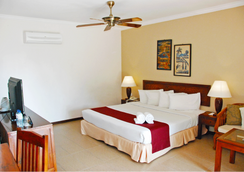 The Frangipani Langkawi Resort & Spa - Pantai Cenang - Bedroom