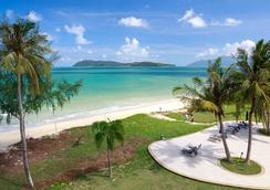 The Frangipani Langkawi Resort & Spa - Pantai Cenang - Beach