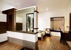 Serenity Inn La Serene - Hyderabad - Bedroom