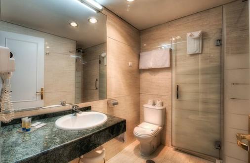 Puertobahia & Spa - El Puerto de Santa Maria - Bathroom
