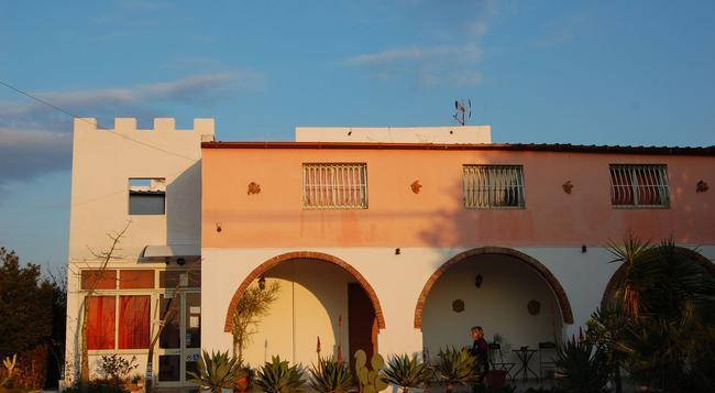 Il Mirto e la Rosa - Siracusa - Building
