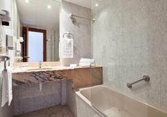 Columbus - Platja d'Aro - Bathroom