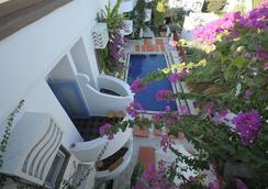 La Brezza Suite & Hotel - Bodrum - Pool