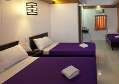 Valleyfront Hotel - Cebu City - Bedroom