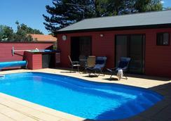 Cottonwood Lodge - Berridale - Pool