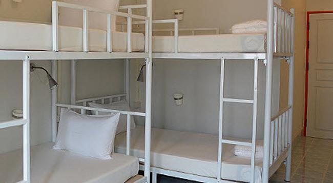 Salsa Hostel - Chumphon - Bedroom