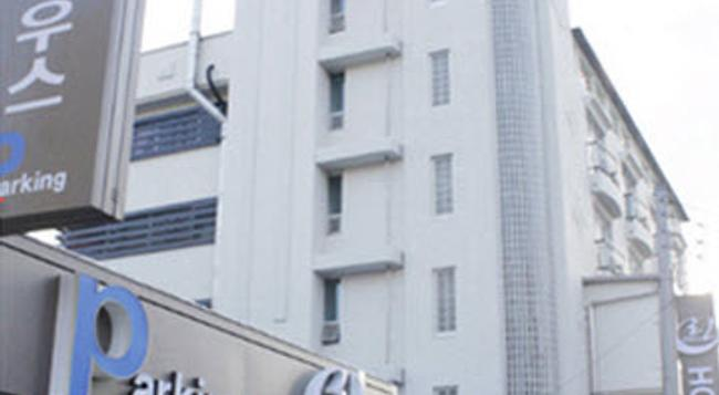 Hotel Lynn House - Jeonju - Building