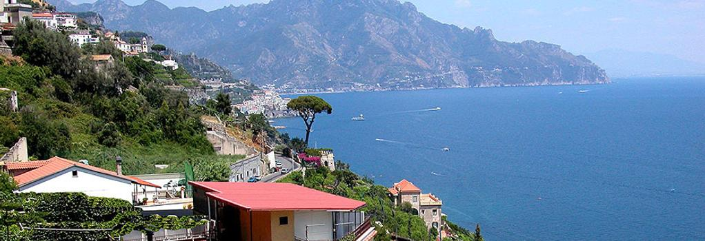 B&B Al Pesce D'Oro - Amalfi - Location