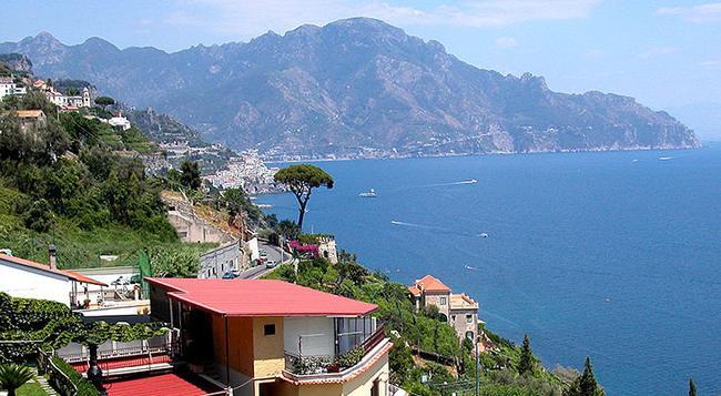 B&B Al Pesce D'Oro - Amalfi - Location