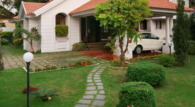 Orion Holiday Homestay - Kochi - Building