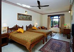 Hotel Megh Niwas - Jaipur - Bedroom