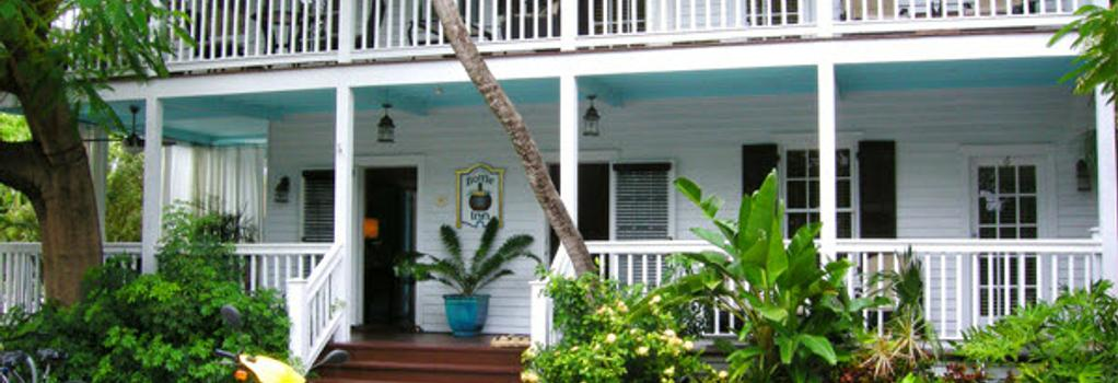 Frances Street Bottle Inn - Key West - Building