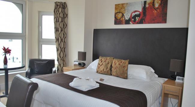 Ellan Vannin Hotel - Douglas - Bedroom