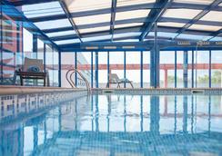 Sallés Hotel Ciutat del Prat - El Prat de Llobregat - Pool