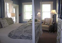 The Hibiscus House Bed & Breakfast - Fort Myers - Bedroom