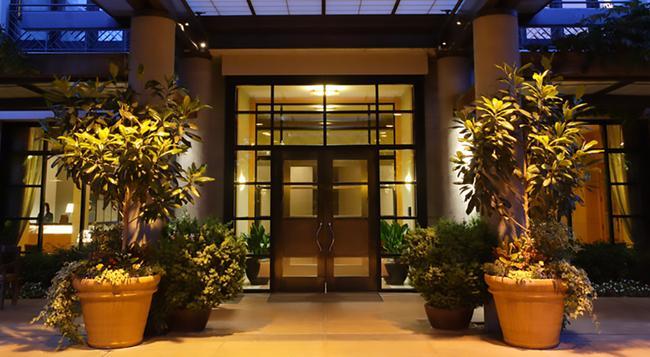 Hotel Bellevue - Bellevue - Building
