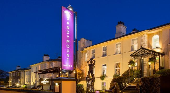 Sandymount Hotel - Dublin - Building