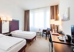 Azimut Hotel Munich - Munich - Bedroom