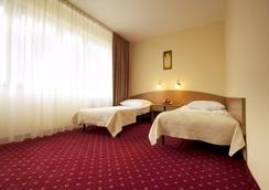 Start Hotel Aramis - Warsaw - Building