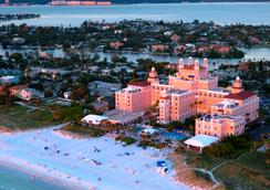 The Don Cesar - Saint Pete Beach - Beach