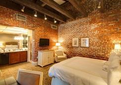 Dauphine Orleans Hotel - New Orleans - Bedroom
