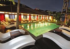 Kayun Hostel - Kuta (Bali) - Pool