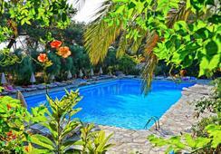 Sitia Beach City Resort & Spa - Sitia - Pool
