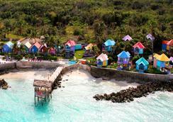 Compass Point Beach Resort - Nassau - Beach