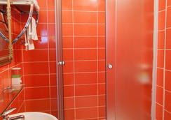 The Only One Suites - Nis - Bathroom